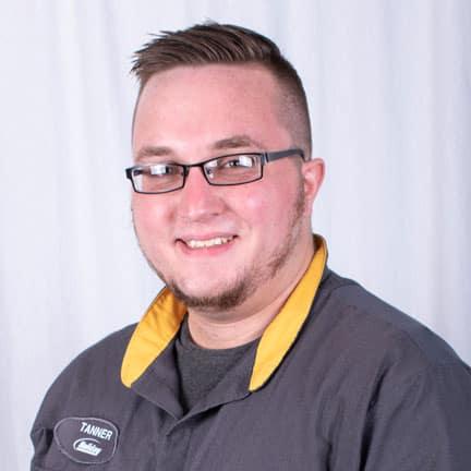 Tanner Winkler, Collision Center Advisor