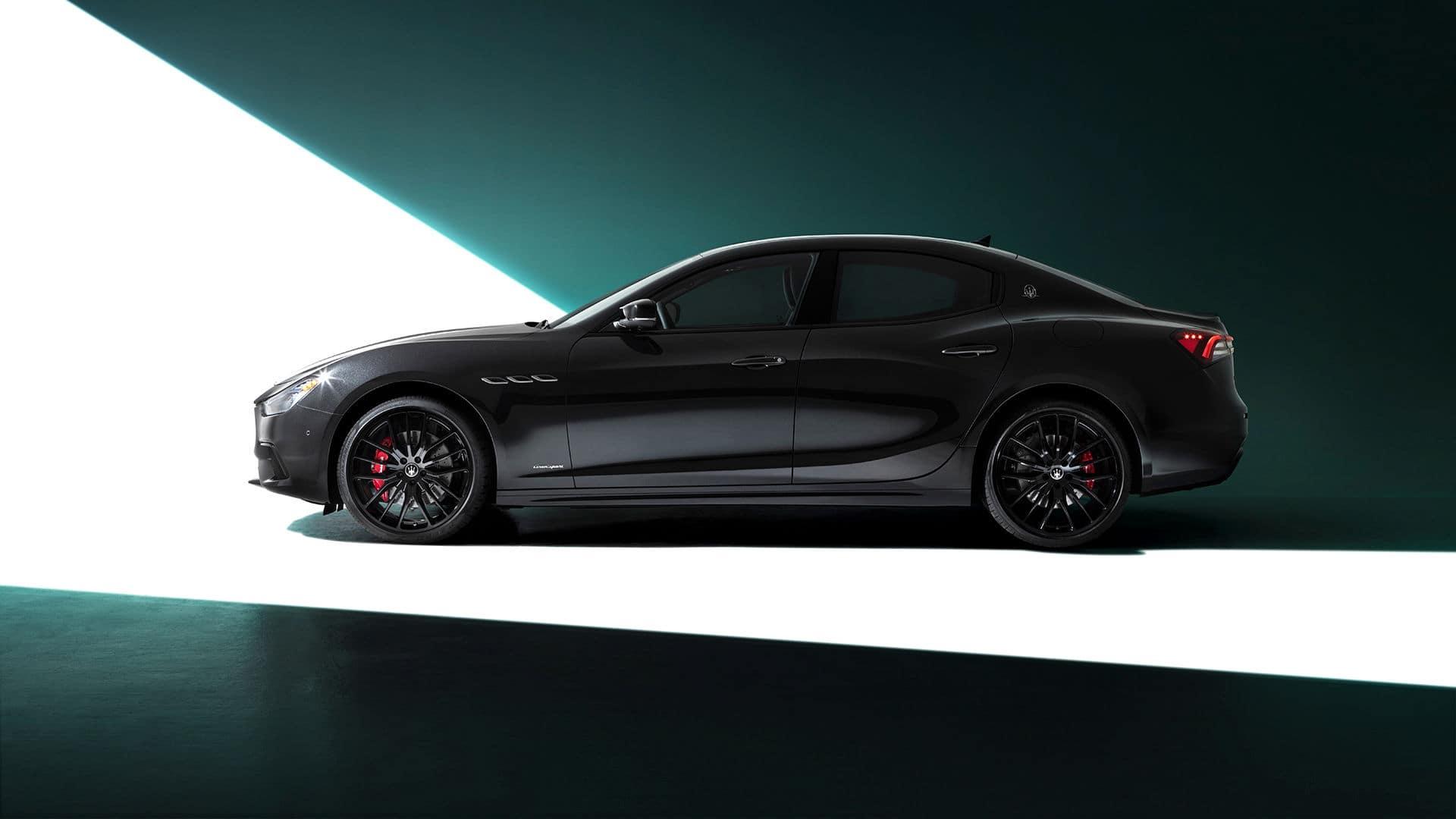 2021 Maserati Ghibli profile
