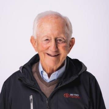 Jerry  Schneider