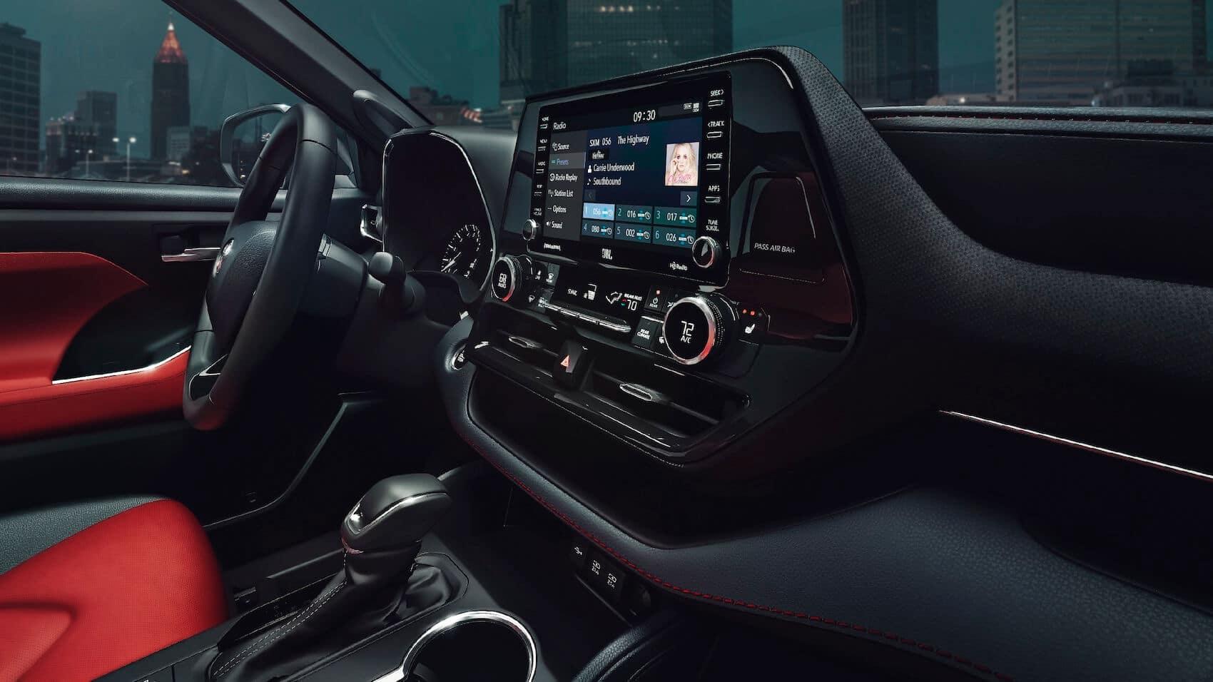 Toyota Highlander Tech