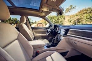 Volkswagen Atlas vs Kia Telluride | Irvine, CA