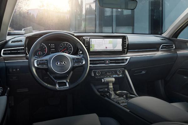 2021 Kia K5 dashboard and steering wheel