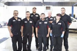Rosen Kia Milwaukee service technicians team