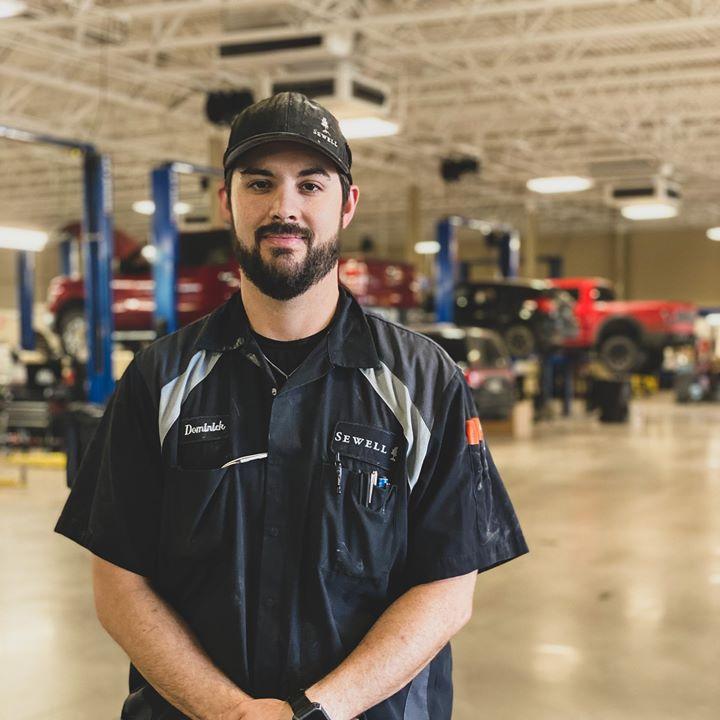 Sewell Auto Technicians