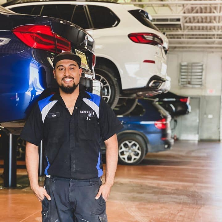 Sewell Auto Technicians 2
