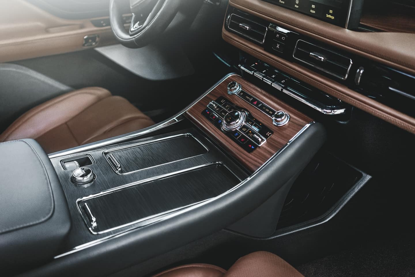 The luxury crafted interior of the 2020 Navigator