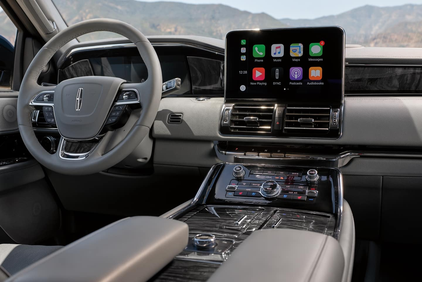 The Lincoln Navigator SUV has ability to Sync your Apps
