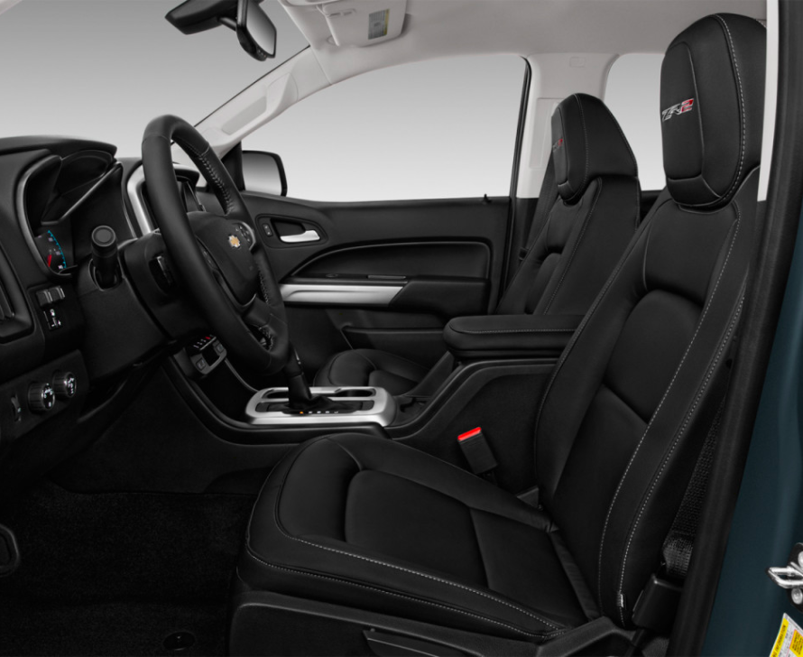 Side interior view of the New Chevrolet Colorado