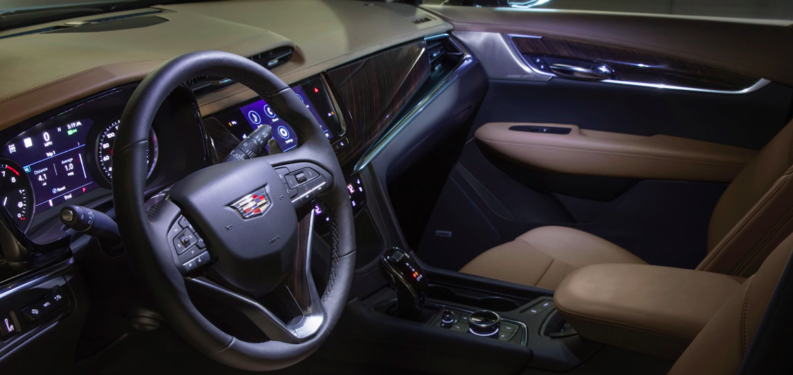 Driver side view of the New 2020 Cadillac XT6 interior