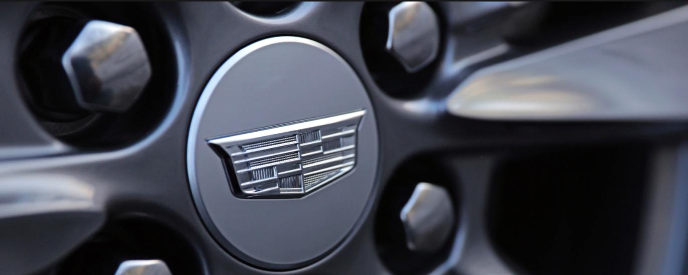 Cadillac XT6 tires
