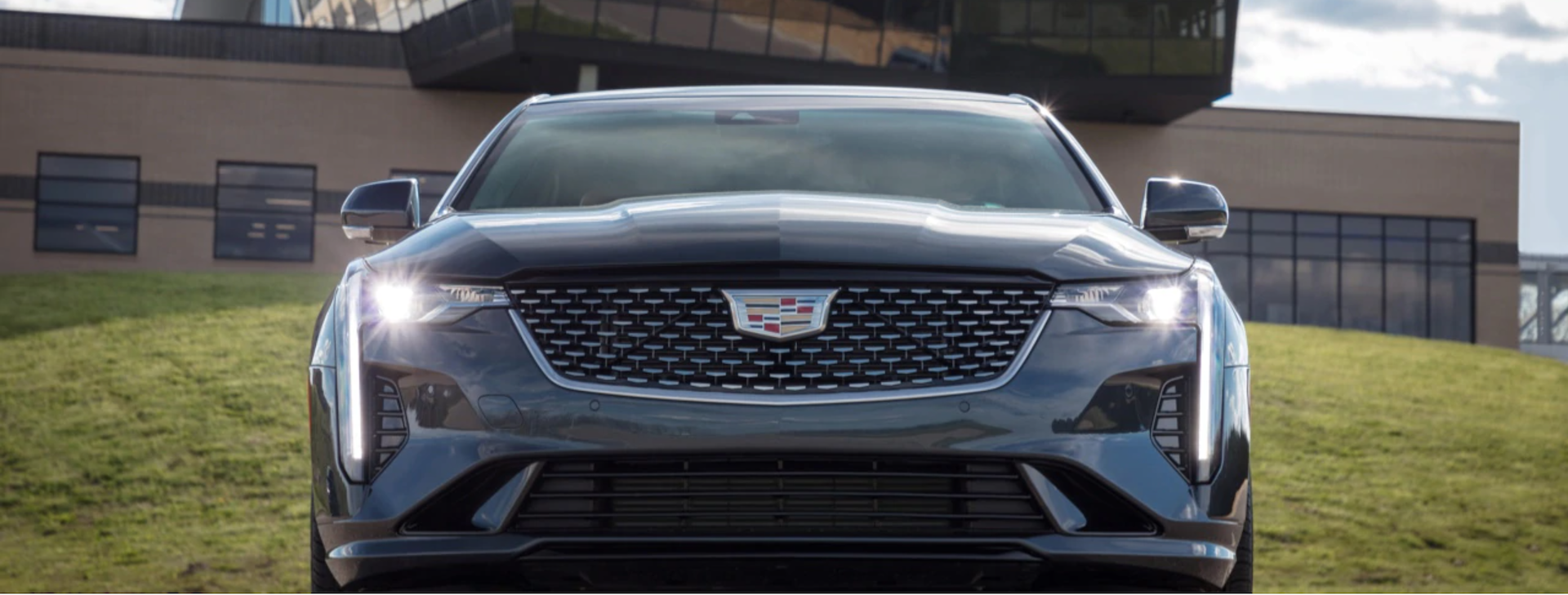Picture and specs include the front grille of the 2020 Cadillac CT4.