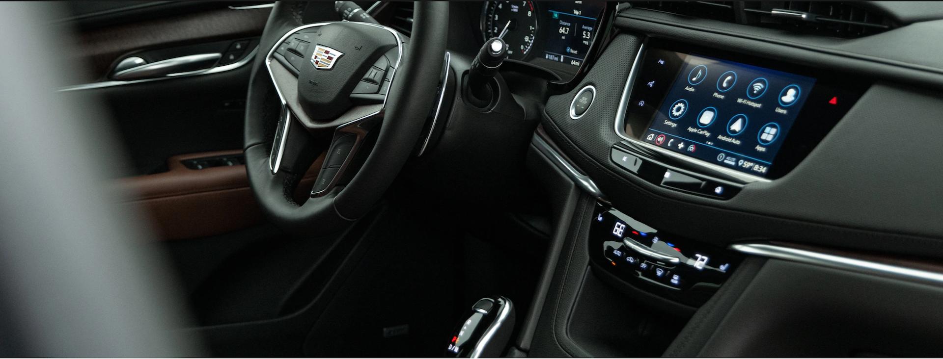 Photo of the 2021 Cadillac XT5 interior