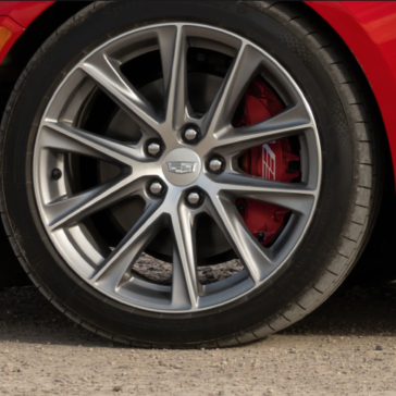Pic of the wheel of the 2021 Cadillac CT4