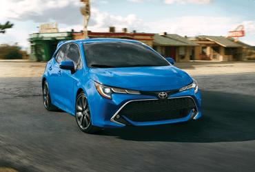 Toyota Lifestyle Image - 2020 corolla hatchback
