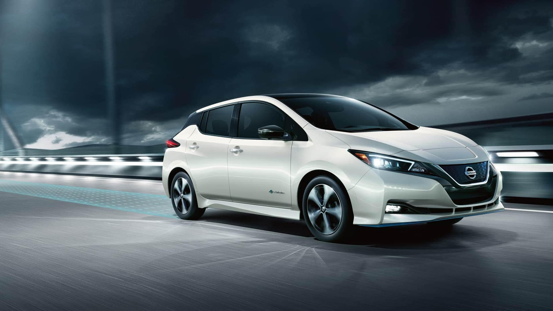 2020-nissan-leaf-available-at-woodhouse